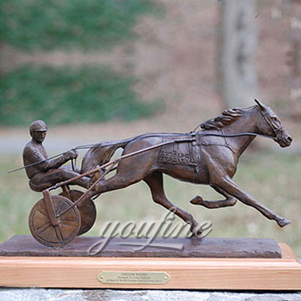 Hot-sale-indoor-desktop-decorative-bronze-horse-figurine-from-china
