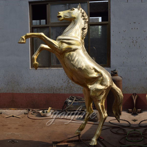 Outdoor full size bronze roaring horse statues for American client